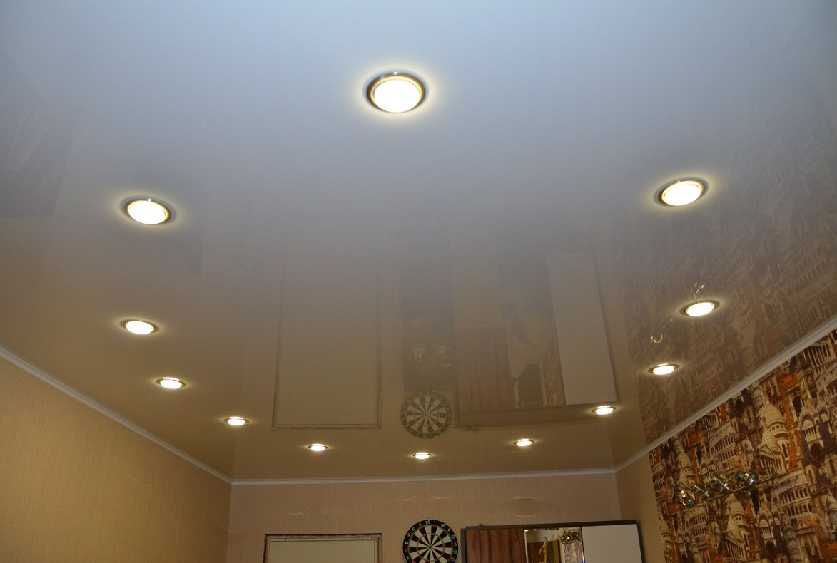 Pros and cons of stretch ceilings in an apartment and a private house 37